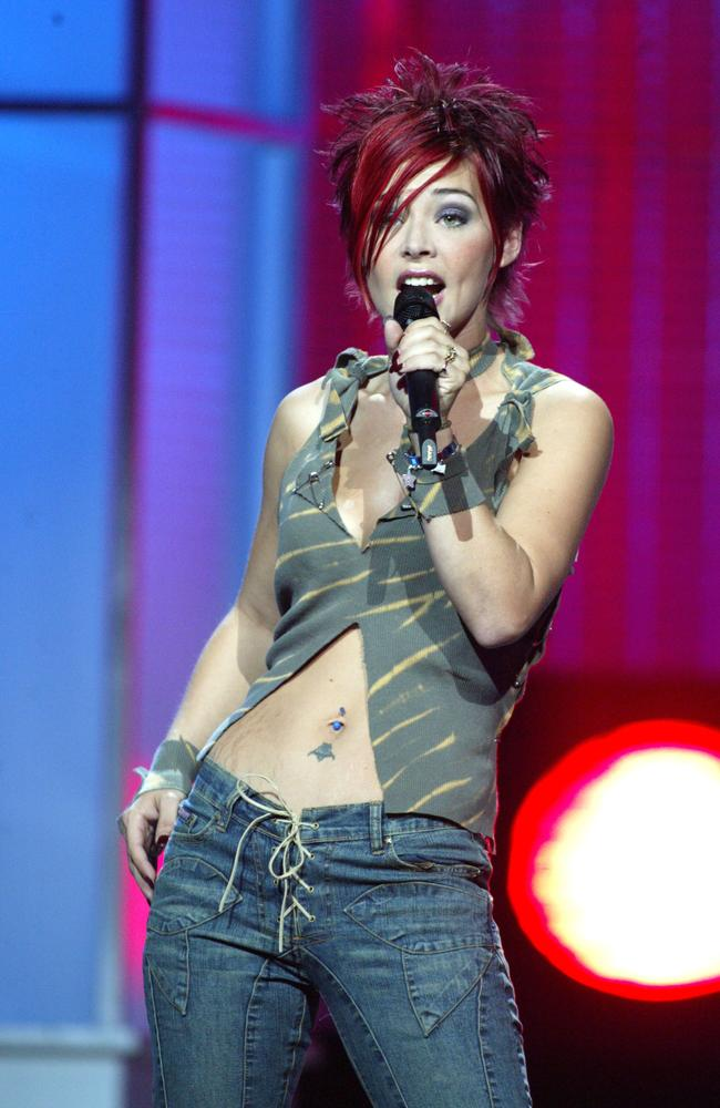 McKibbin performing during the American Idol season 1 tour. Picture: Jeffrey Mayer/WireImage