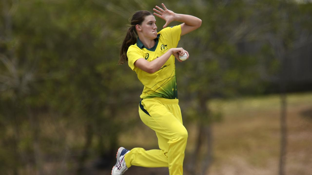Annabel Sutherland has been named in Australia's World Cup squad. Photo: Albert Perez/Getty Images.