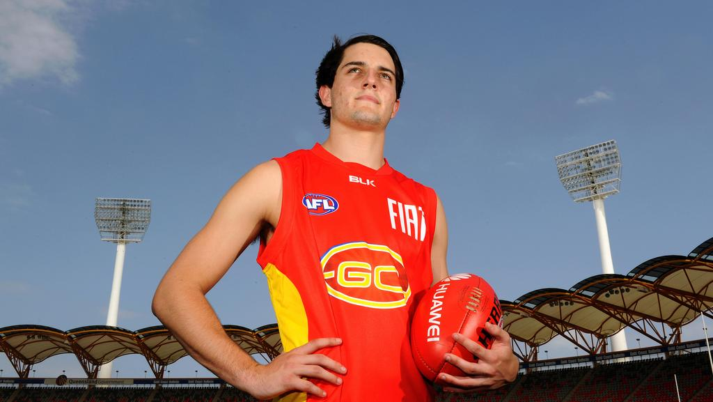 gold coast suns  young team  play west coast eagles  perth gold coast bulletin