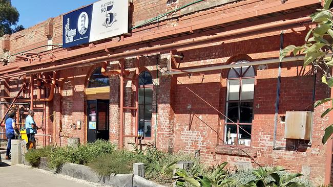 The Mill at Castlemaine is a place for foodies and art admirers.