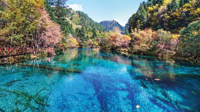 jiuzhaigou lake china