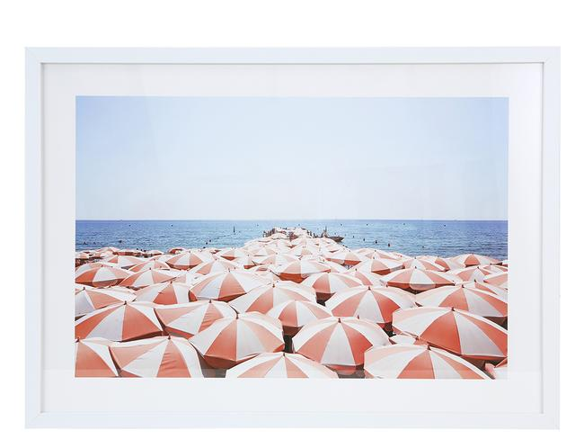 While this beach print will brighten up any room.