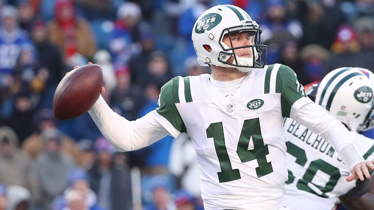 Sam Darnold, a Maccagnan draft choice, gives the Jets reason for optimism.