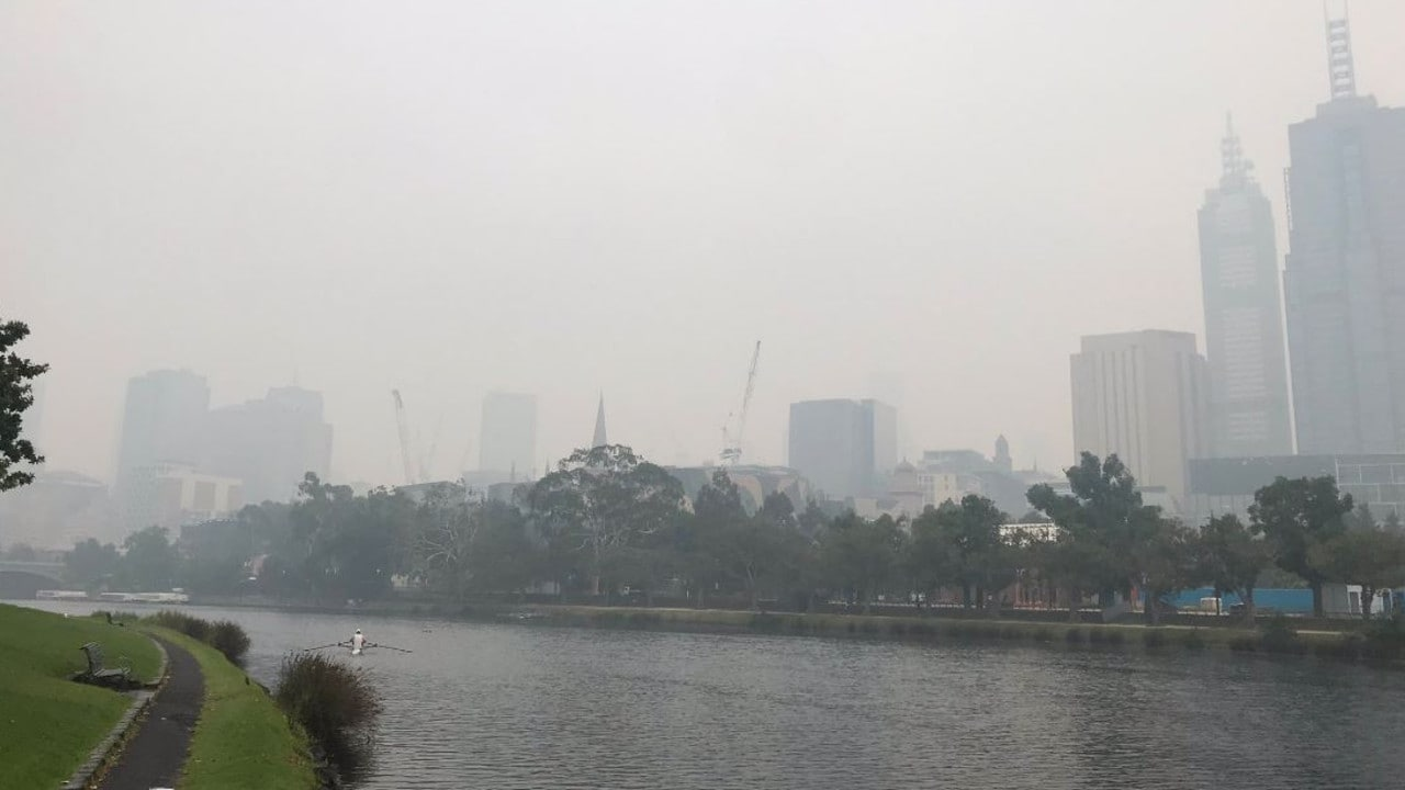 Melbourne has been blanketed in smoke from the bushfires. Credit: Twitter/Nathan Templeton