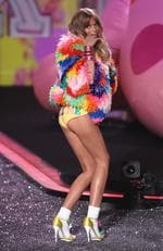 Abbey Lee Kershaw walks the runway during the Victoria's Secret Fashion Show on November 19, 2009 in New York City. Picture: Getty