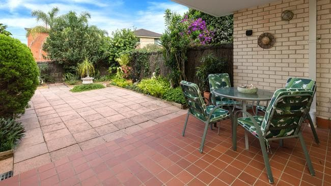 The townhouse at 4/24 Harriette St, Neutral Bay, took just 72 hours to sell.