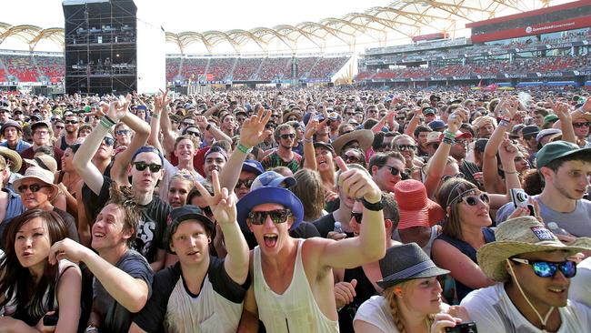 Crowds at the last Gold Coast Big Day Out at Metricon Stadium in 2014. Pic by Luke Marsden.