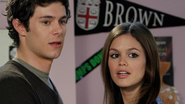 Seth and Summer from The O.C.