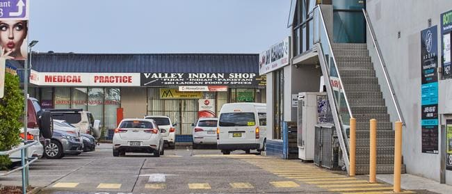 Green Valley Shopping Village has plenty of car spaces.