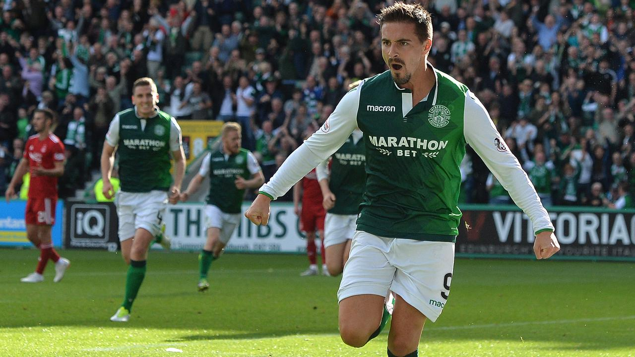 Jamie Maclaren rescued a point for Hibernian.