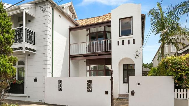 No. 332 Birrell St, Bondi sold for $3.201 million.