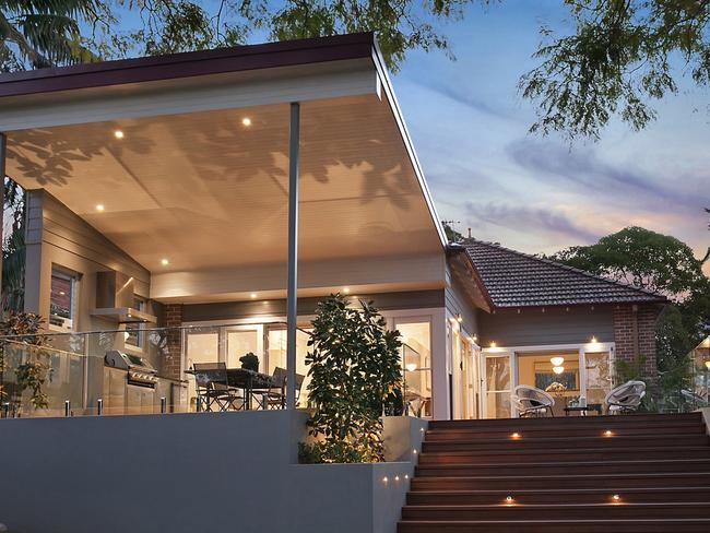 No. 19 Muttama Rd, Artarmon., sold for $3,535,000.