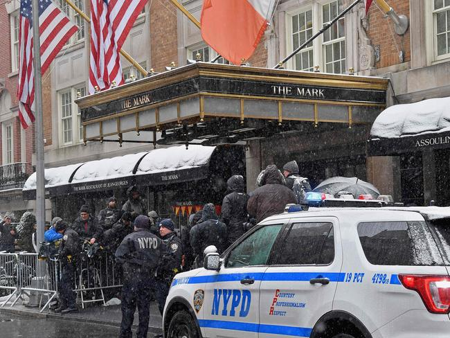 Ne York police officers and members of the press stand outside The Mark Hotel during Meghan, Duchess of Sussex's baby shower on February 20, 2019 in New York City. Picture: AFP