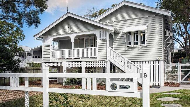 This house at 8 Richmond St, Chelmer, recently sold for $950,000.