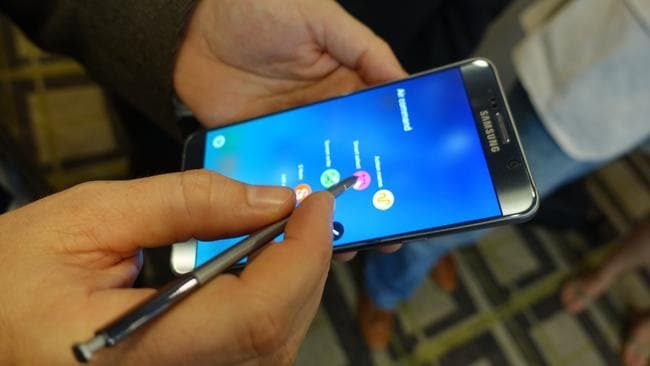 Mighty pen ... Samsung upgraded the S-Pen features on the Galaxy Note 5 smartphone but faced controversy. (Photo: Jennifer Dudley-Nicholson.)