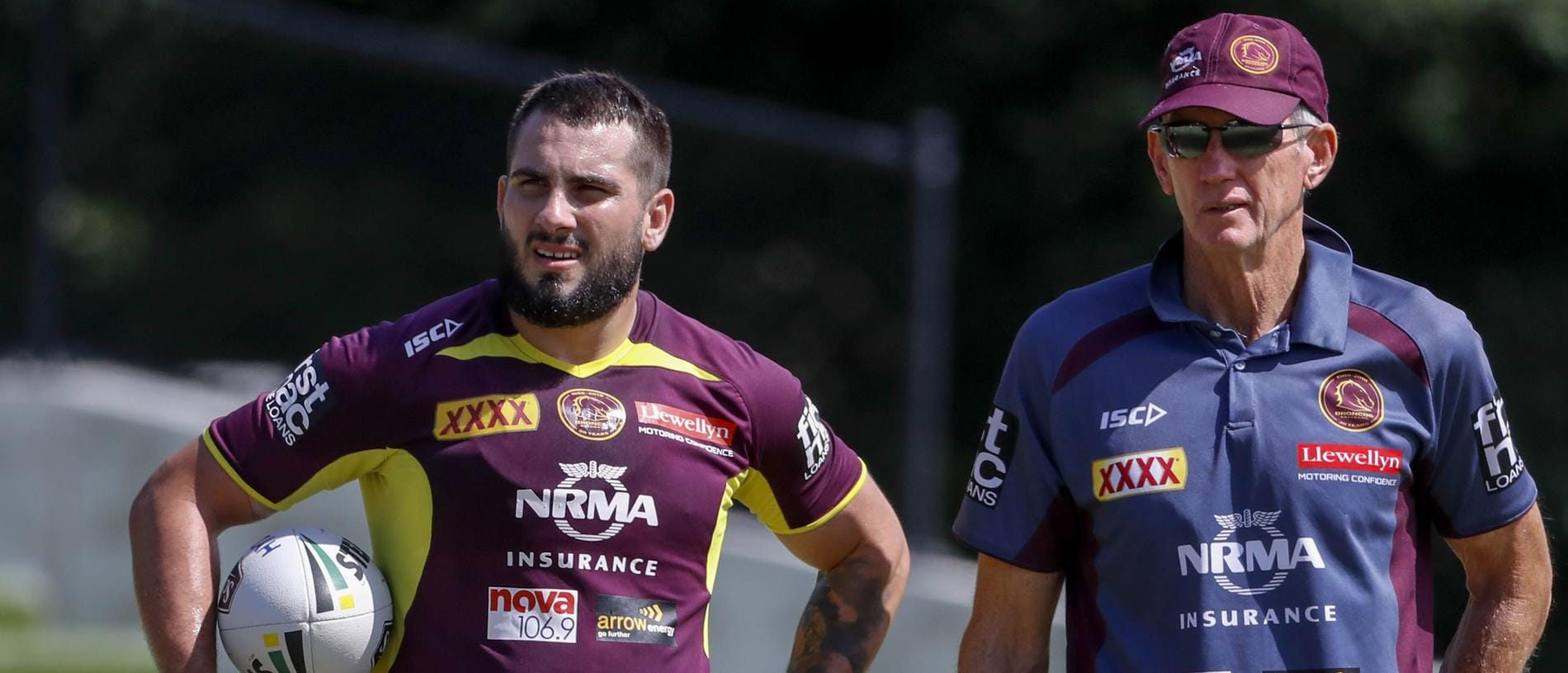 Jack Bird (left) and coach Wayne Bennett (right) at training with the Brisbane Broncos at the Clive Berghofer Centre, Red Hill, Brisbane, Monday, March 12, 2018. (AAP Image/Glenn Hunt) NO ARCHIVING, EDITORIAL USE ONLY