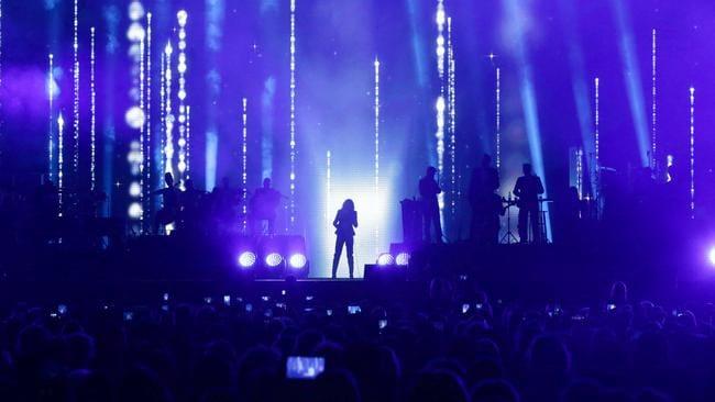 Celine Dion 2018 Brisbane review: Vocal powerhouse sings You