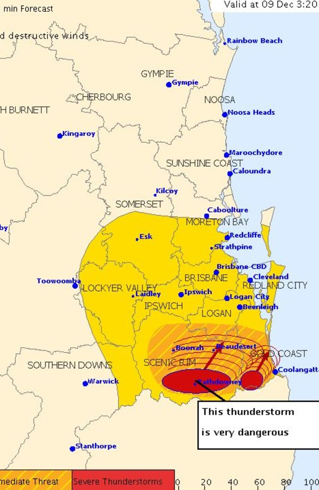 A severe thunderstorm with hail and 'destructive' winds is headed for the Gold Coast.