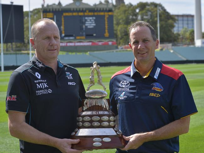 Power coach Ken Hinkley and Crows coach Don Pyke.