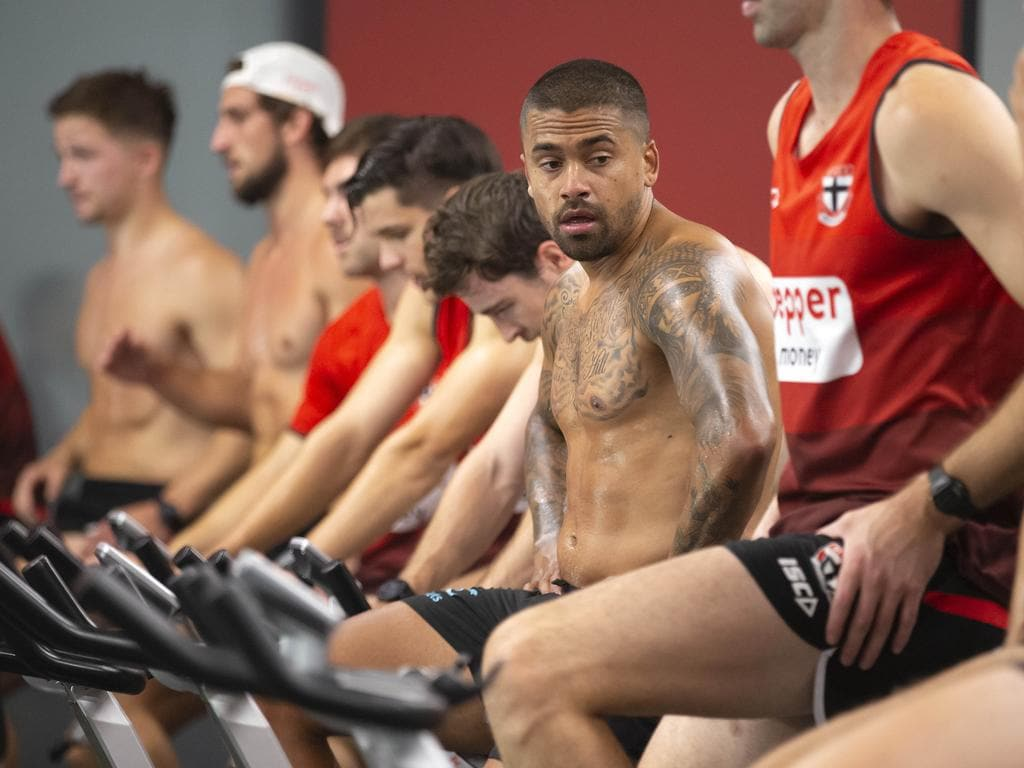 ST KILDA TRAINING