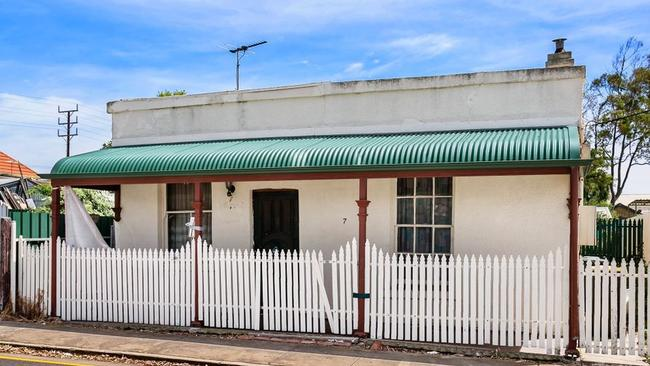 7 Brown St, Semaphore. Supplied by Walsh Real Estate.
