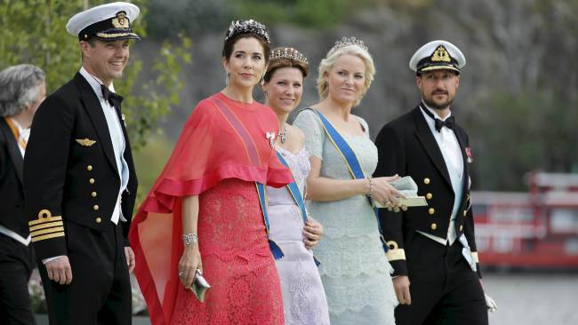 Squad goals. Crown Princess Mary with Princess Marta Louise of Norway, Crown Princess Mette Marit and Crown Prince Haakon of Norway. Photo: AFP