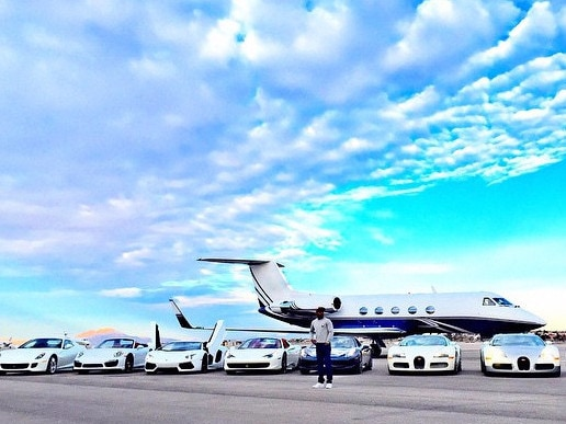 Floyd Mayweather shows off his toys on Instagram.
