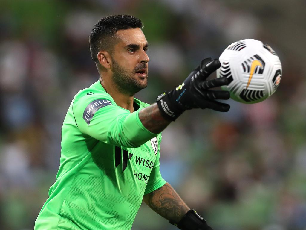 MELBOURNE, AUSTRALIA - MARCH 12: Adam Federici of Macarthur FC in action during the A-League match between Melbourne City and Macarthur FC at AAMI Park, on March 12, 2021, in Melbourne, Australia. (Photo by Graham Denholm/Getty Images)