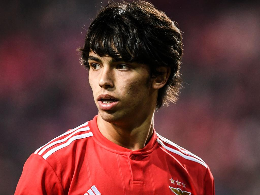 Benfica's Portuguese midfielder Joao Felix reacts during the Portuguese League football match between SL Benfica and Chaves at the Luz stadium on February 25, 2019. (Photo by PATRICIA DE MELO MOREIRA / AFP)