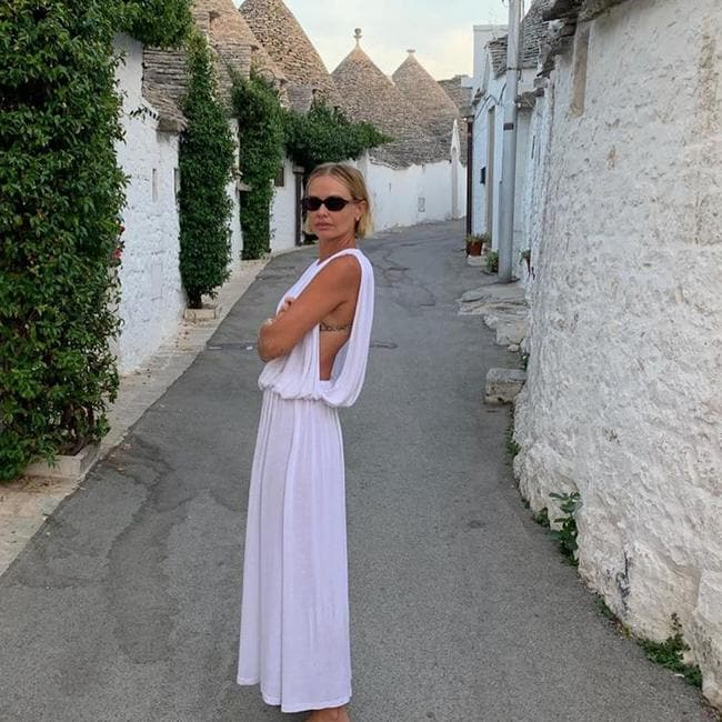 Lara Worthington's big Italian holiday.