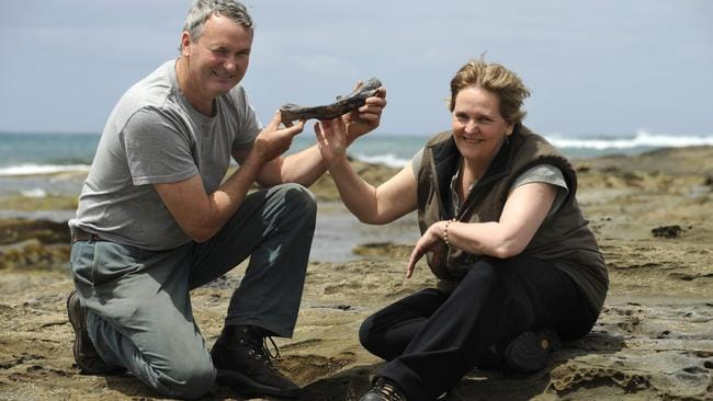 Greg Denny and Deb Moore with a Timimus femur found at Dinosaur Cove.