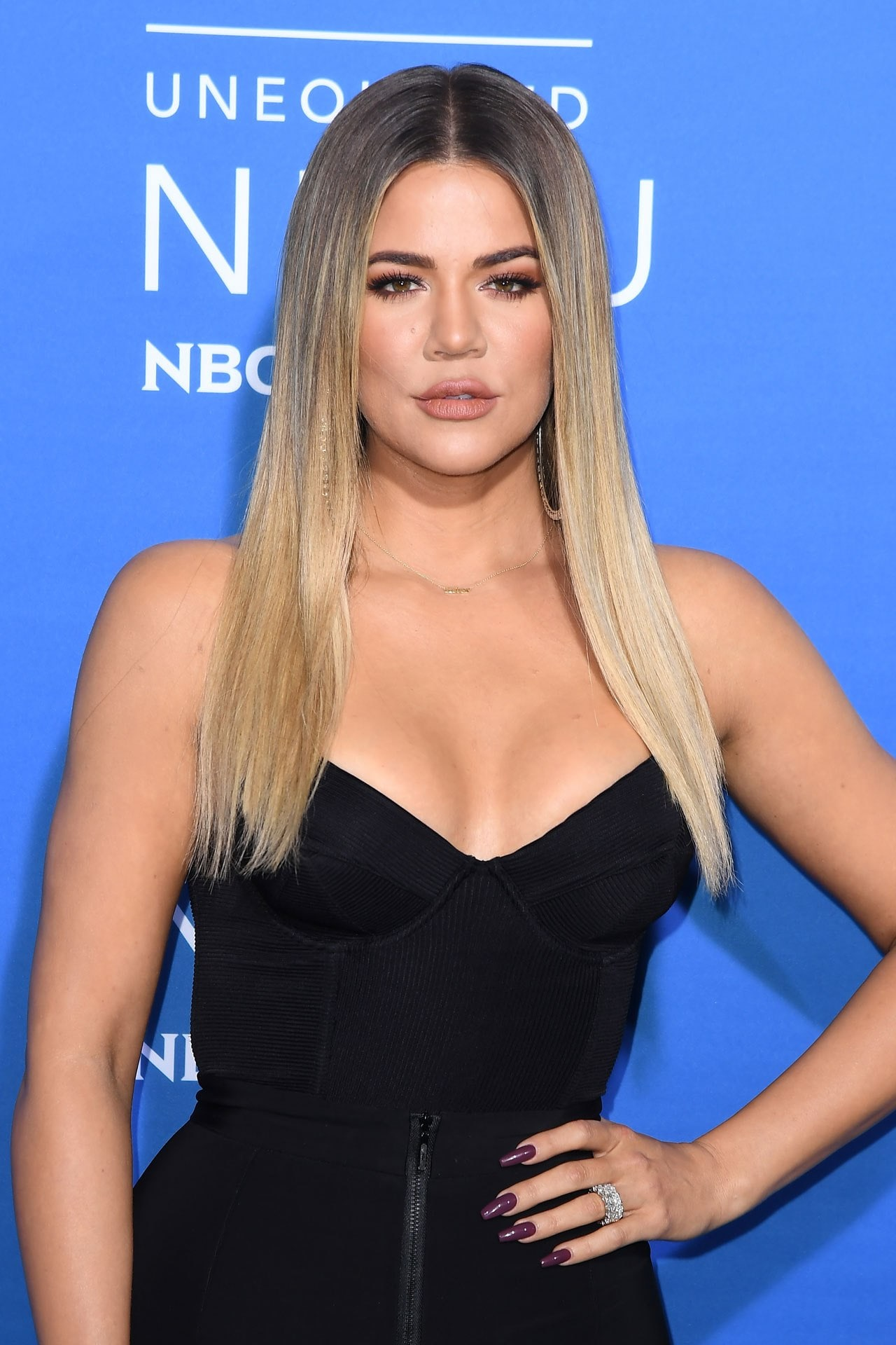 Khloé Kardashian gives fans pregnancy sex advice
