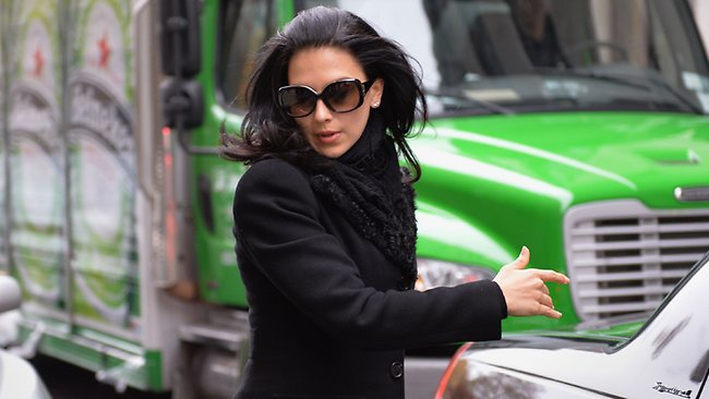 Hilaria Baldwin, wife of actor Alec Baldwin, arrives at Manhattan Criminal Court to testify against Canadian actress Genevieve Sabourin, the accused stalker of her husband, November 12, 2013 in New York. AFP PHOTO/Stan HONDA