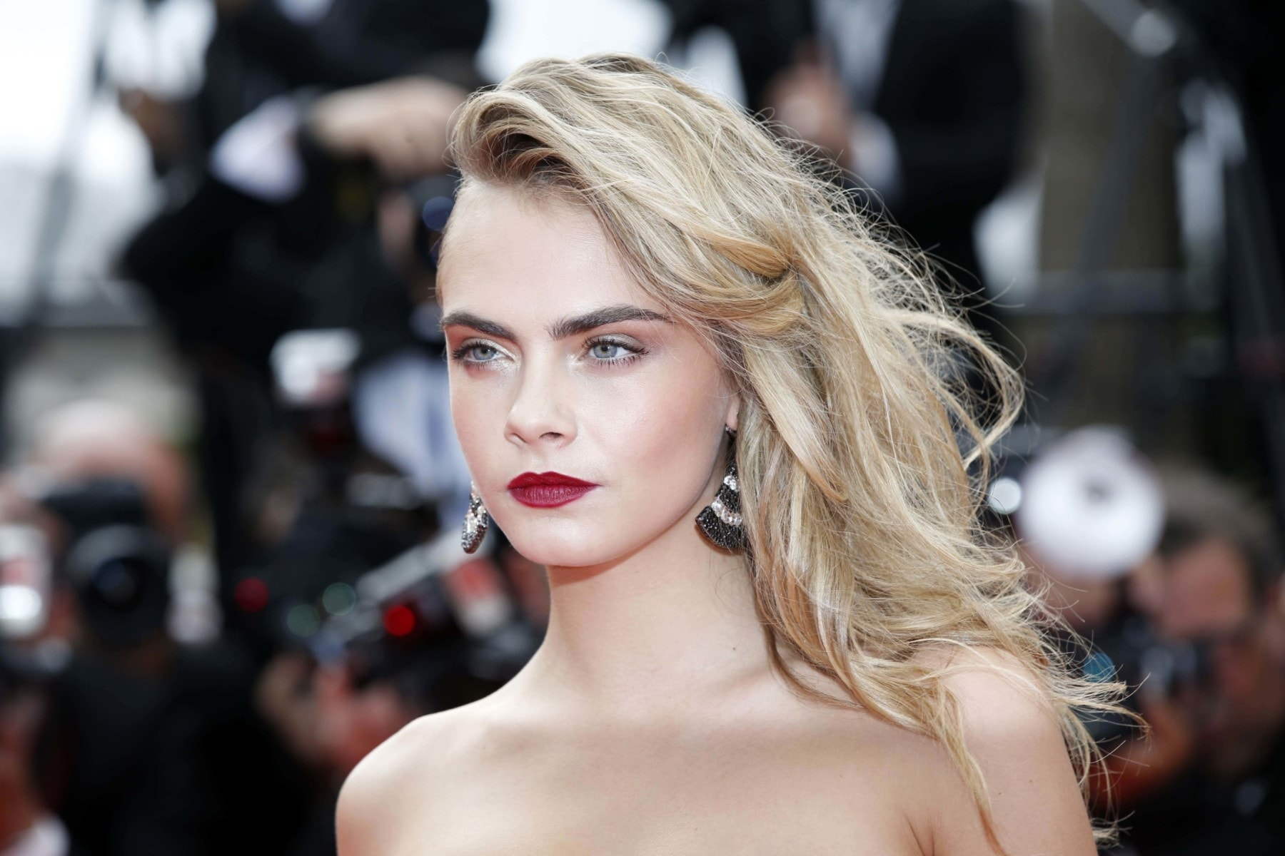 Hair style file: Cara Delevingne