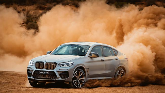 BMW X4M customers now benefit from Apple CarPlay for the life of their car.