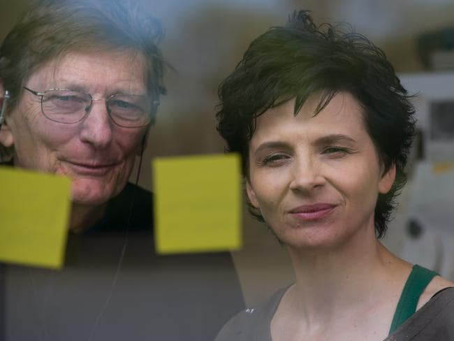 Juliette Binoche and director Fred Schepisi on the set of  <i>Words and Pictures</i>.