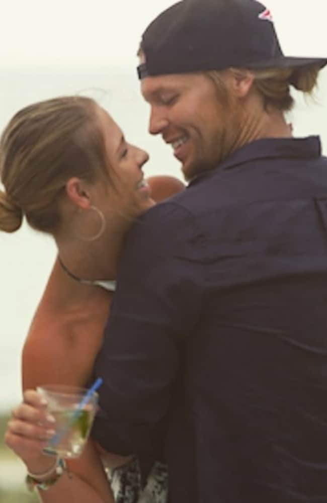 Sam reportedly proposes to Tara in the series finale.