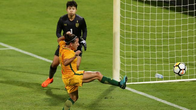 Lisa De Vanna slots home a cross for Australia's second. (Will Russell/Getty Images)