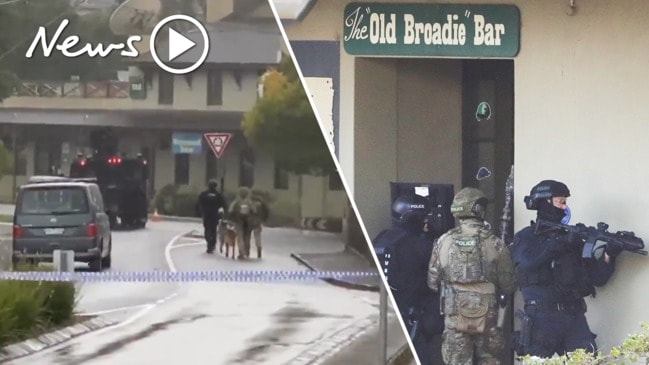 Five-hour Melbourne siege ends with an unusual twist