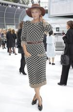 Maria Sharapova poses before Chanel's Spring/Summer 2016 women's ready-to-wear show during Paris Fashion Week. Picture: AP
