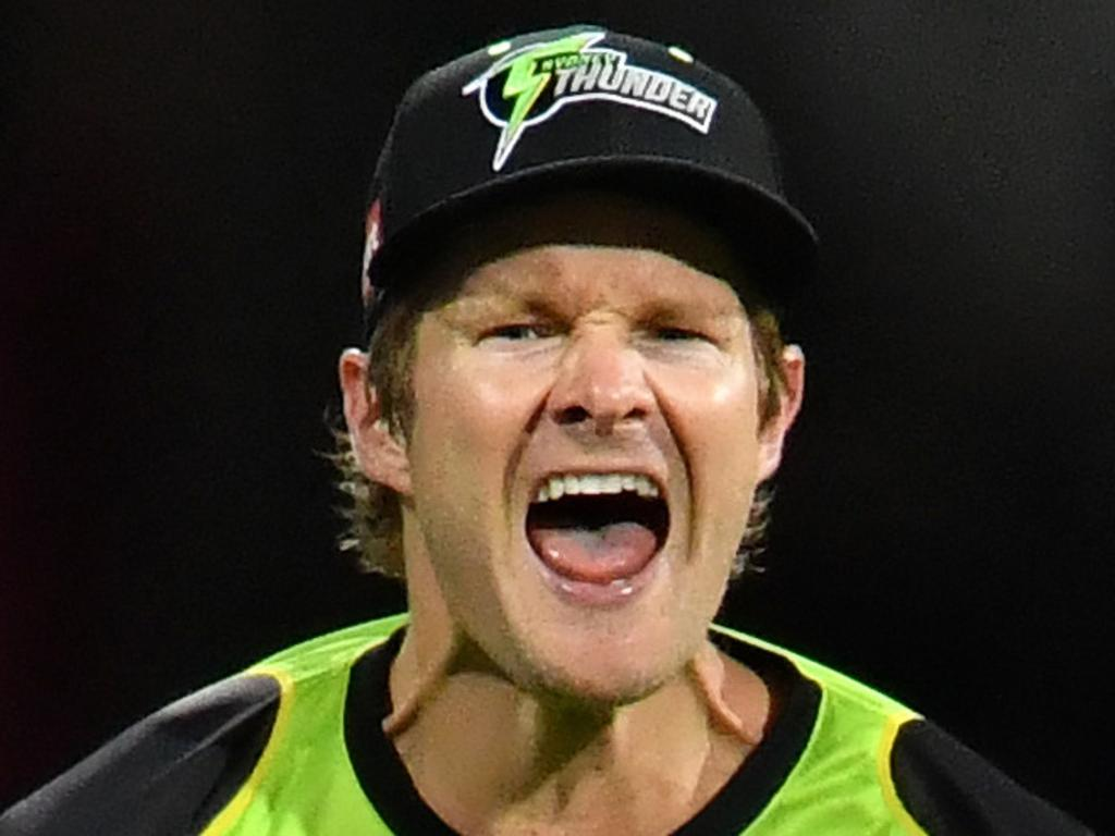 Shane Watson of the Thunder celebrates after catching out Ben Cutting of the Heat during the Big Bash League (BBL) cricket match between the Brisbane Heat and the Sydney Thunder at the Gabba in Brisbane, Wednesday, December 27, 2017. (AAP Image/Darren England) NO ARCHIVING, EDITORIAL USE ONLY