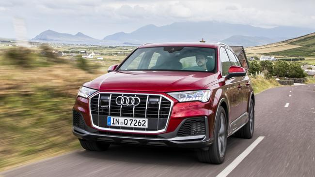 The Q7 gets a substantial makeover.