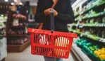 What goes in a dietitian's shopping cart? Image: iStock
