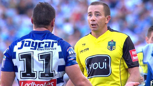 Referee apologises to Josh Jackson over Bulldogs v Rabbitohs NRL try