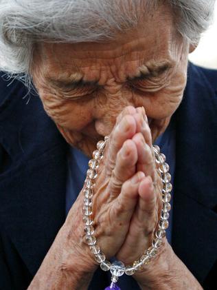 Tsuyuko Nakao, 92, prayed for the victims of the Hiroshima in 2010.