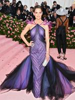 NEW YORK, NEW YORK - MAY 06: Katie Holmes attends The 2019 Met Gala Celebrating Camp: Notes on Fashion at Metropolitan Museum of Art on May 06, 2019 in New York City. (Photo by Dimitrios Kambouris/Getty Images for The Met Museum/Vogue)