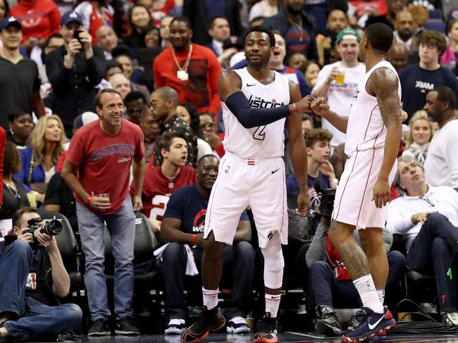 John Wall picked up the slack after Bradley Beal fouled out.