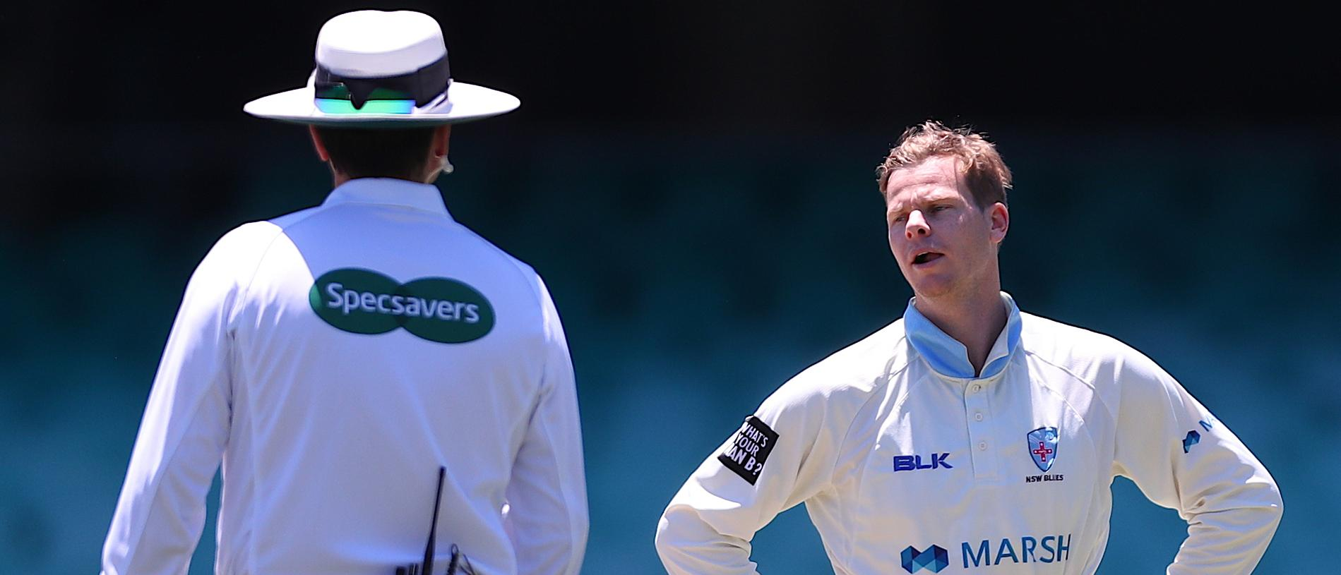 New South Wales player Steve Smith reacts as he bowls an over during Day 4 of the Marsh Sheffield Shield match between New South Wales and Western Australia at the SCG in Sydney, Thursday, November 14, 2019. (AAP Image/David Gray) NO ARCHIVING, EDITORIAL USE ONLY, IMAGES TO BE USED FOR NEWS REPORTING PURPOSES ONLY, NO COMMERCIAL USE WHATSOEVER, NO USE IN BOOKS WITHOUT PRIOR WRITTEN CONSENT FROM AAP