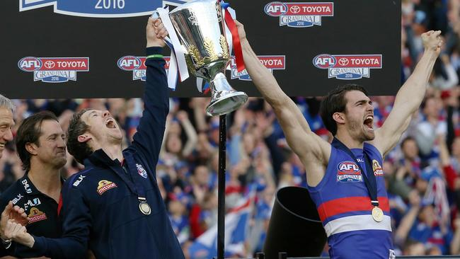 Richmond has 'hallmarks' of 2016 premiers, Western Bulldogs, says Gerard Healy. Photo: AAP Image/Julian Smith