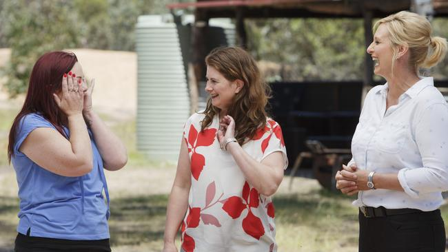 Fiona and Nicole on House Rules with host Johanna Griggs (right).
